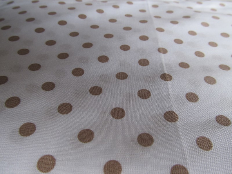 TDC - Pois Taupe Fond Blanc 7mm