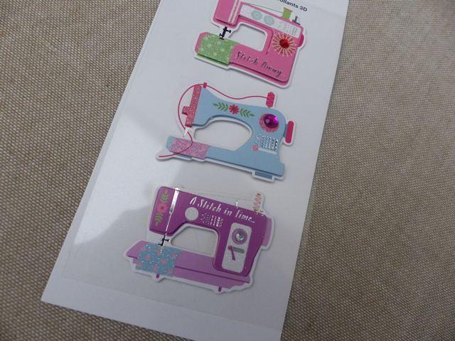 Rico design autocollants 3d machine coudre le for Machine a coudre 3d