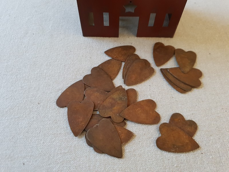 FDC - Primitive Rusty Tin Heart Button, sans trou