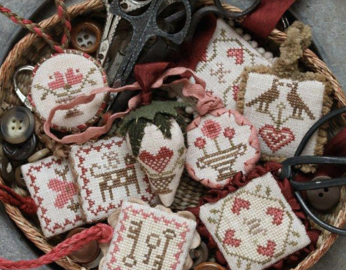 Hearststring Samplery - Festive little fobs valentine edition