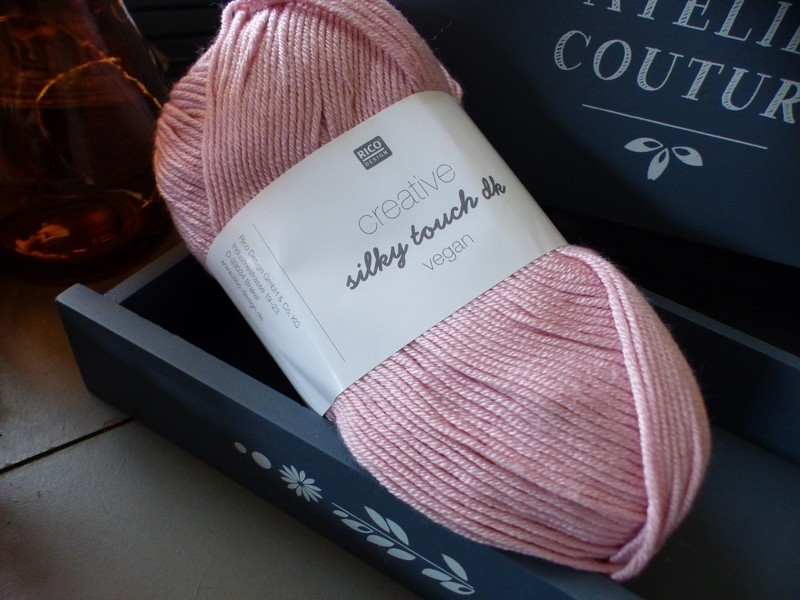 Rico Design - Creative silky touch dk (vegan) coloris Rose 004