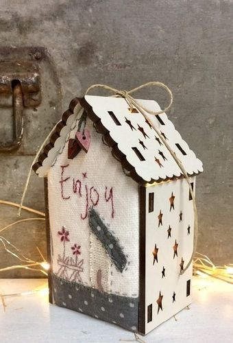 The Bee Company - Kit de patchwork Maison lumineuse Enjoy PCNI20B